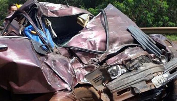Idoso morre após pneu de caminhonete estourar na BR-369