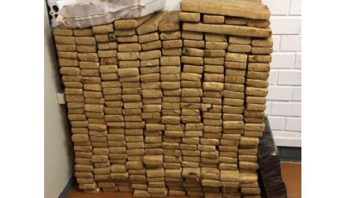 Laranjeiras – Com 426 quilos de maconha, Laranjeirense é preso na BR-373