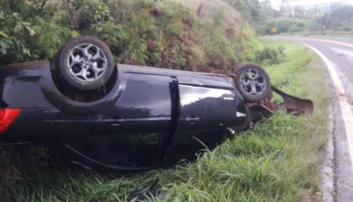 Campo Bonito - Campobonitense sofre acidente na PR 474