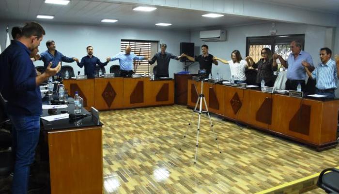 Laranjeiras - Vereadores aprovam o aumento do próprio salário
