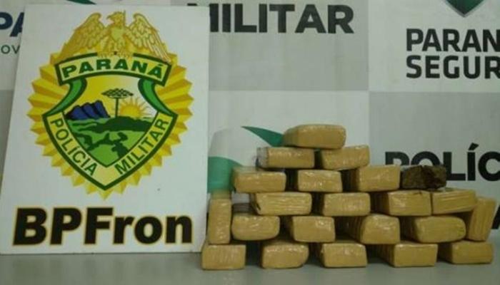 Laranjeiras - BPFron apreende drogas em ônibus na BR-277