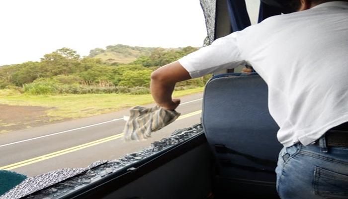 Laranjeiras do Sul - Polícia Civil investiga ato criminoso contra ônibus de universitários