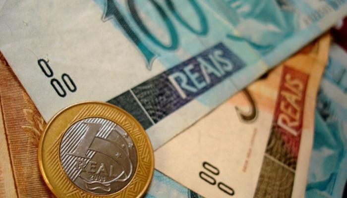 No Paraná, 13º salário injetará R$ 12,7 bilhões na economia até o fim do ano