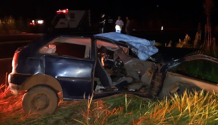 Candói - Violenta colisão entre carro e carreta deixa um morto