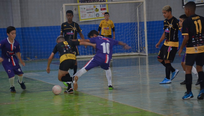 Pinhão - Amistoso do PAC e Super Copa de Futsal agitaram o final de semana
