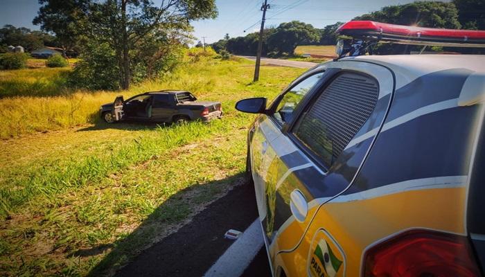 Campo Bonito - Após perseguição; PM apreende cigarros contrabandeados e recupera veículo roubado