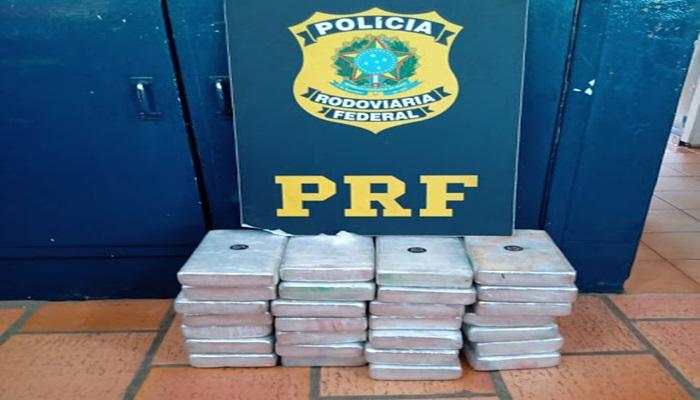 Laranjeiras - PRF apreende mais de 30kg de cocaína na BR 277